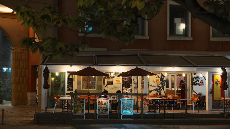 ひとりフォトウォーク川崎市〜オープンカフェ
